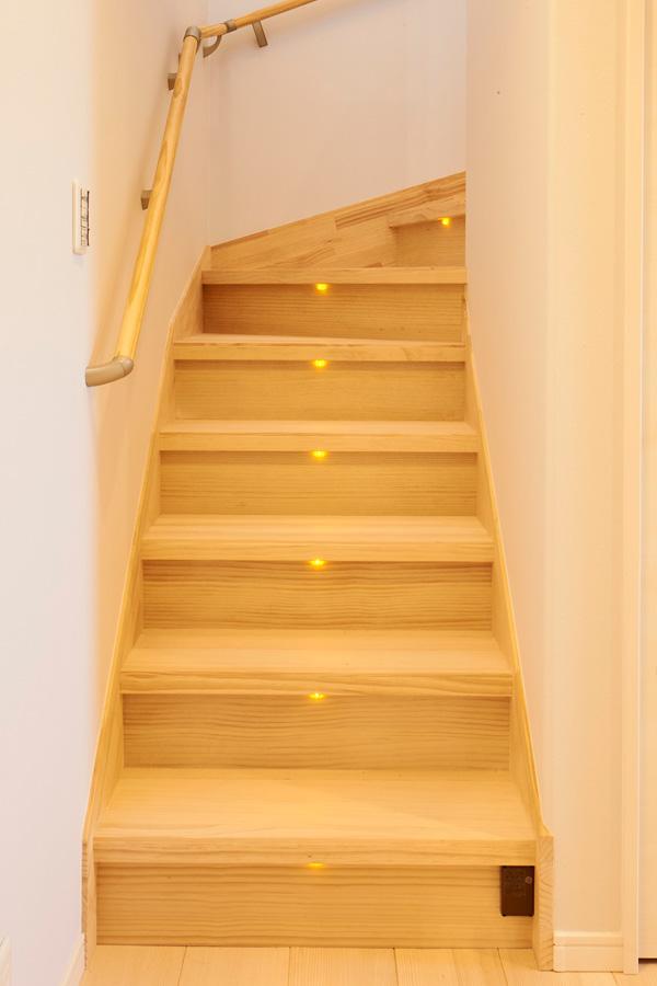 階段 - もみの木ハウス - 施工事例
